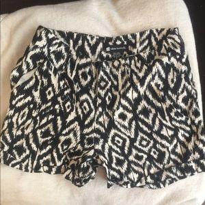 Black and white linen shorts